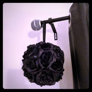 Lot of 2 black rose garland balls